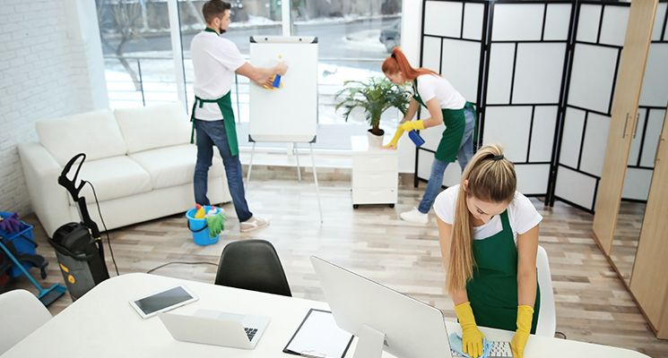 tips-cleaning-service-office-dubai-745X400